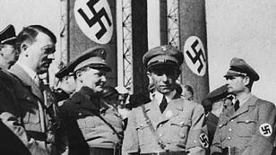 Photo non datée d'Adolf Hitler, Hermann Goering, Joseph Goebbels et Rudolf Hess.