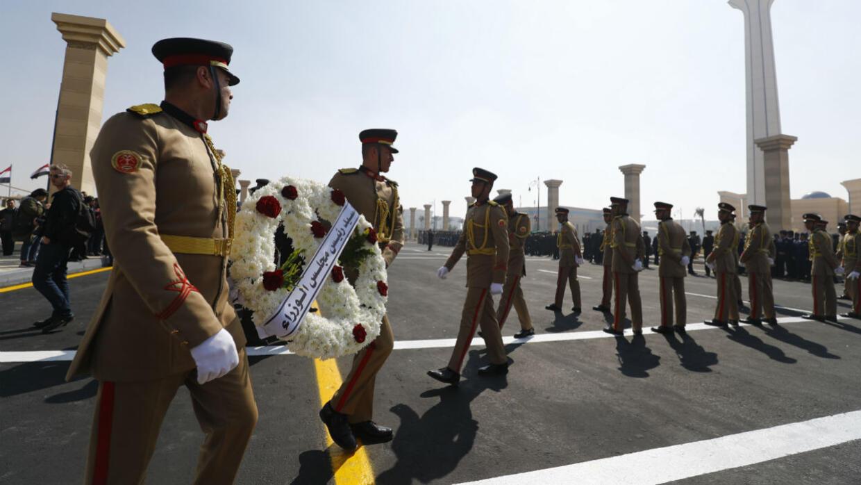 L'Égypte se prépare à rendre les honneurs militaires à Hosni Moubarak