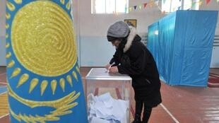Kazakhs go to the polls on Sunday to elect their first new leader in 30 years