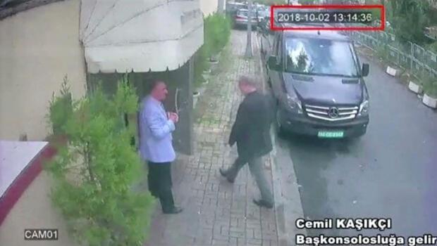 Una imagen fija tomada del video de CCTV y obtenida por TRT World muestra al periodista saudita Jamal Khashoggi cuando llega al consulado de Arabia Saudita en Estambul, Turquía, el 2 de octubre de 2018.