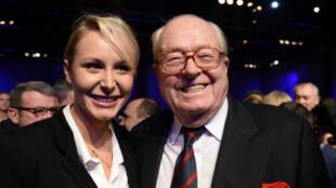 Jean-Marie Le Pen et sa petite-fille Marion Maréchal-Le Pen, le 17 novembre 2013.
