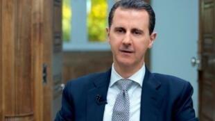 صورة نشرتها الرئاسة السورية للرئيس بشار الأسد خلال مقابلة مع فرانس برس في 12 نيسان/أبريل 2017
