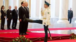François Hollande et Noursoultan Nazarbaïev à Astana le 5 décembre.