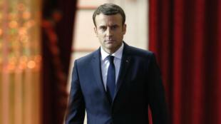 Emmanuel Macron s'apprêtant à prononcer son discours d'investiture à l'Elysée, le 14 mai.