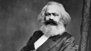 Les prédictions de Karl Marx sur l'évolution économique des pays riches seraient confirmées, selon l'économiste en chef de Natixis.