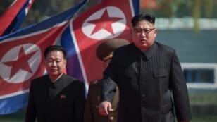 الزعيم الكوري الشمالي كيم جونغ-اون في بيونغ يانغ في 13 نيسان/أبريل 2017