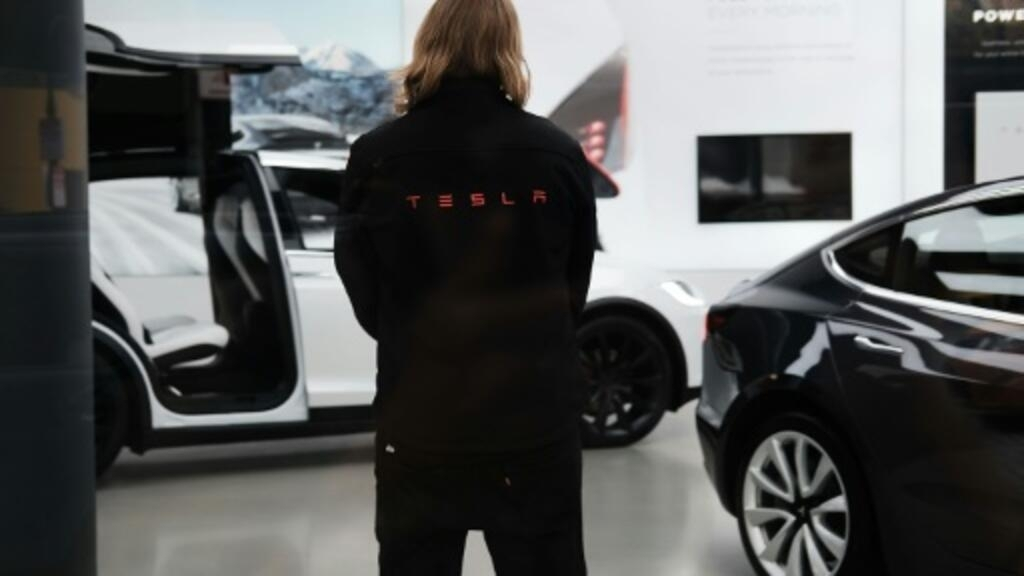 Tesla cutting 9% of staff