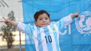 الصبي الأفغاني مرتضى أحمدي