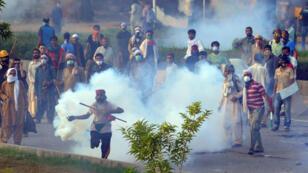 Supporters d'Imran Khan et de Tahir ul-Qadri dans les rues d'Islamabad, le 31 août.
