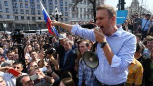 L'opposant russe Alexeï Navalny, peu avant son interpellation lors d'une manifestation anti-Poutine à Moscou, le 5 mai 2018.