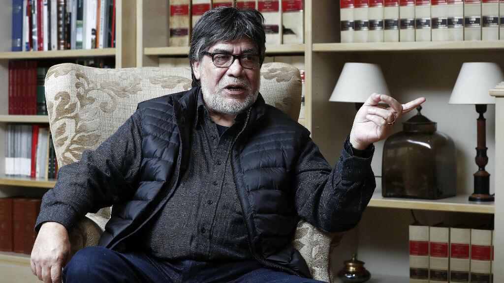 Fotografía de archivo del escritor chileno Luis Sepúlveda en una entrevista concedida a la agencia de noticias española EFE.