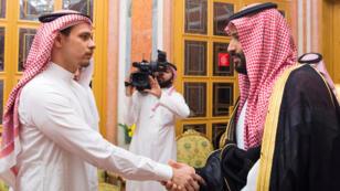 ولي العهد السعودي الأمير محمد بن سلمان يقدم التعازي لعائلة خاشقجي في 23 تشرين الأول/أكتوبر