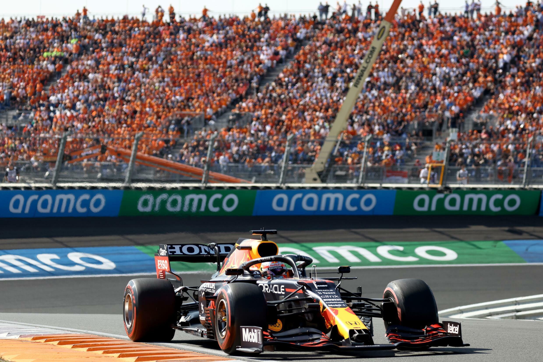 Max Verstappen a remporté le premier Grand Prix des Pays-Bas en 36 ans