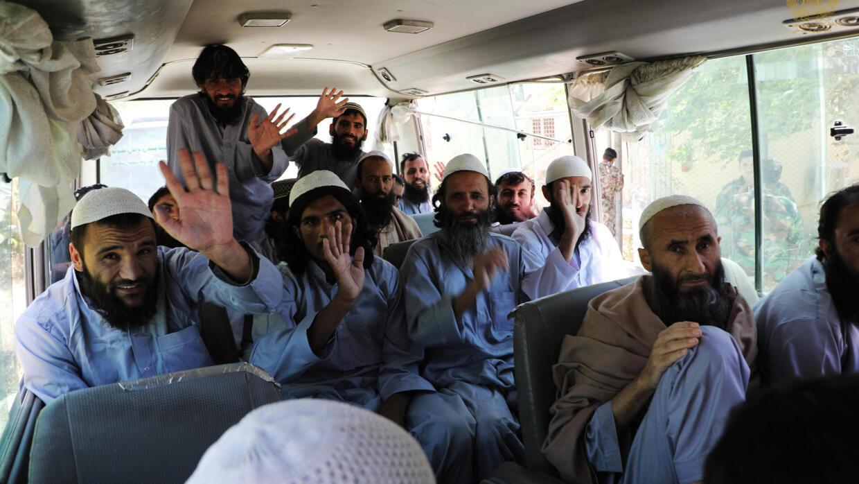 Afghanistan : cessez-le-feu respecté, cent prisonniers talibans libérés chaque jour