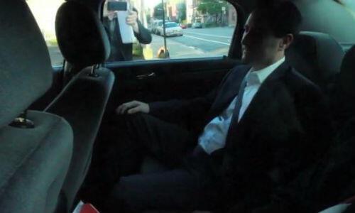 Michael Applebaum dans son taxi en sortant du QG de la police le 17 juin.