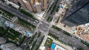 Una imagen aérea de la ciudad china de Wuhan, en la provicnia central china de Hubei, del 20 de mayo de 2020