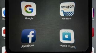 Les géants du numérique ont vivement critiqué, lundi 19 août, la taxe française les visant.