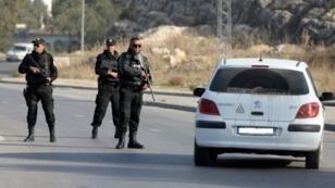 عناصر في الشرطة التونسية