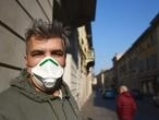 First European coronavirus deaths in Italy send towns into lockdown