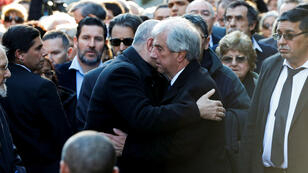 El presidente Tabaré Vázquez asiste al sepelio de su esposa en el cementerio de La Teja en Montevideo, Uruguay, el 31 de julio de 2019.