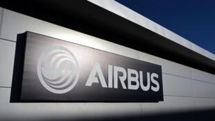 L'Iran a finalisé une commande de 100 avions avec le constructeur européen Airbus.
