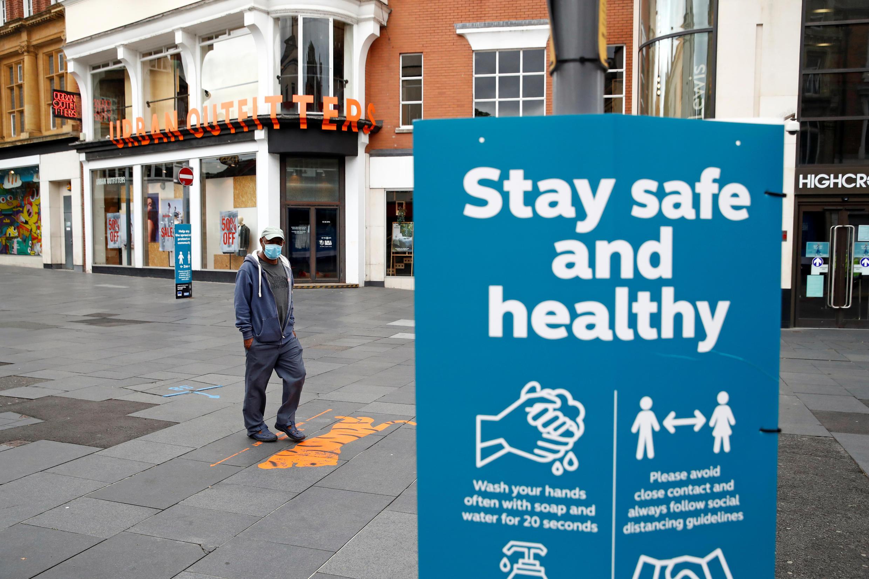 Le 29 juin, le gouvernement britannique a reconfiné la ville de Leicester, avec fermeture des magasins non essentiels.