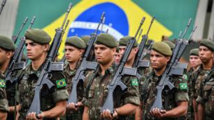 Soldados brasileños conmemoran el golpe militar de 1964, en Sao Paulo, Brasil, el 28 de marzo de 2019.