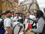 """كرة القدم: الجماهير الجزائرية تحتفل في مدينة ليل الفرنسية بفوز """"الخضر"""" على كولومبيا"""