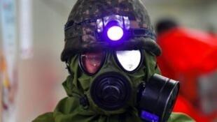 جندي كوري جنوبي خلال المناورات العسكرية المشتركة