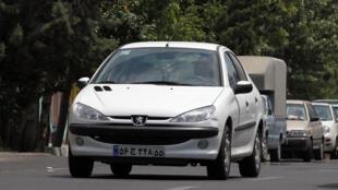 Pour son retour en Iran, Peugeot Citroën va créer une entreprise commune avec le groupe iranien Iran Khodro