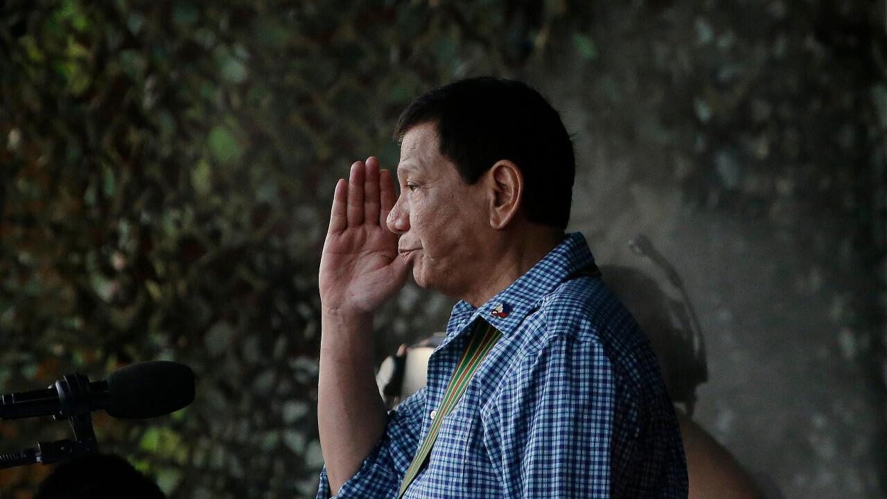 Duterte - 00