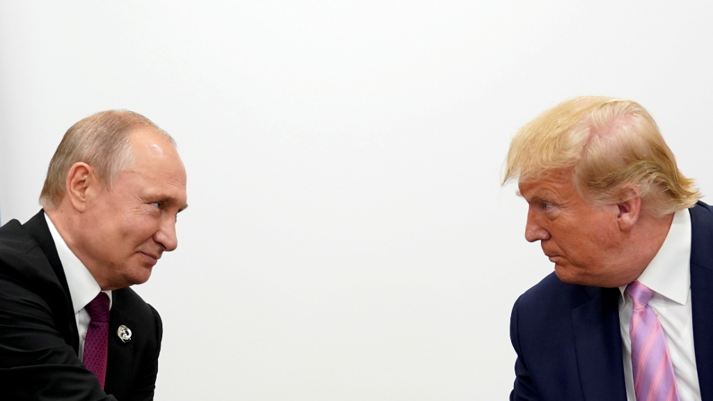 El presidente ruso, Vladimir Putin, acordó con su homológo estadounidense, Donald Trump, el envío de ayuda sanitaria para afrontar la pandemia del coronavirus.