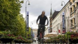 Un ciclista en las calles de Oslo, el 14 de septiembre de 2018