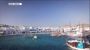 2020-07-31 11:02 Deserted by tourists, Mykonos has little reason to party