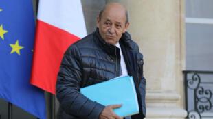Dans une interview au Figaro, Jean-Yves Le Drian a annoncé qu'il se rendrait en Iran le 5 mars prochain.