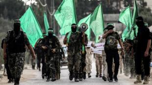Des cadets des brigades Ezzedine al-Qassam, bras armé du Hamas, défilent à Khan Yunis, dans la bande de Gaza, le 15 septembre 2017.