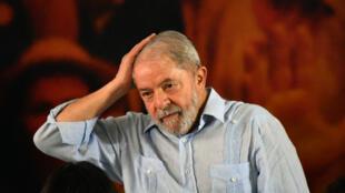 L'ex-président brésilien Luiz Inacio Lula da Silva le 25 janvier 2018, lors d'un meeting.