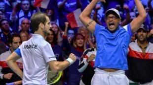 فوز فرنسا على بلجيكا ثاني أيام الدور النهائي لمسابقة كأس ديفيس