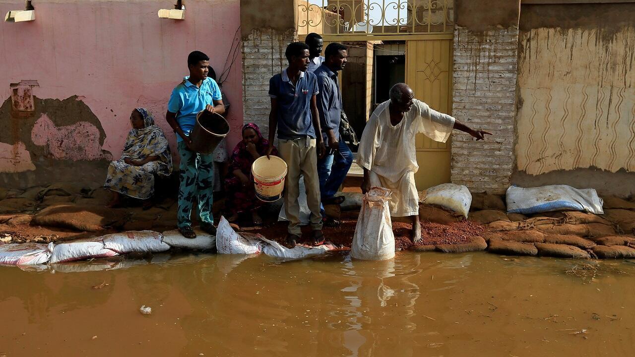 فيضان نهر النيل الأزرق في منطقة الإكماير في أم درمان بالخرطوم. السودان في 27 أغسطس/آب 2020.