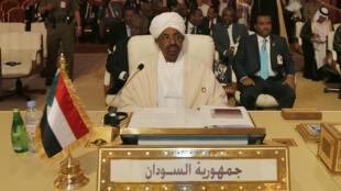 Le président du Soudan, Omar el-Béchir, le 26 mars 2013, lors du sommet de la Ligue arabe à Doha.