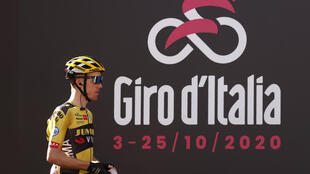 Dutch title contender Steven Kruijswijk was on Tuesday pulled out of the ongoing Giro d'Italia stage race after testing positive for Covid-19