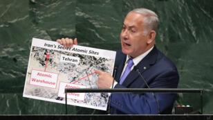 Le Premier ministre israélien Benjamin Netanyahou brandissant une carte à la tribune de l'ONU.