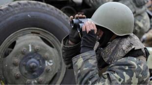 Un soldat de l'armée ukrainienne déployé dans l'Est du pays (archives),