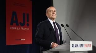 Favori des sondages depuis deux ans, l'ancien Premier ministre Alain Juppé se retrouve au second tour dans une mission quasi-impossible face à François Fillon.