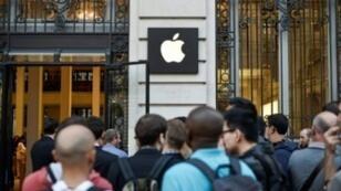 Un magasin Apple à Paris, le 6 septembre 2014.