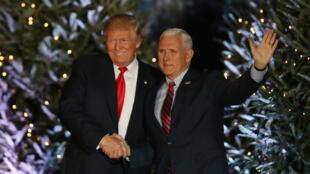 Le président élu Donald Trump et le vice-président Mike Pence à Orlando, le 16 décembre.