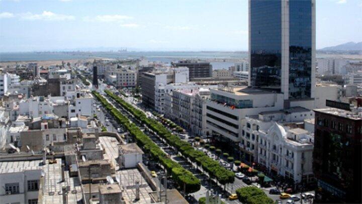 شارع الحبيب بورقيبة في العاصمة التونسية