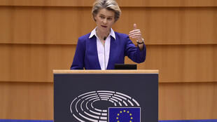 Ursula von der Leyen habla sobre el cambio de presidente en EEUU y la situación política actual durante su intervención ante el Parlamento Europeo, el 20 de enero de 2021 en Bruselas