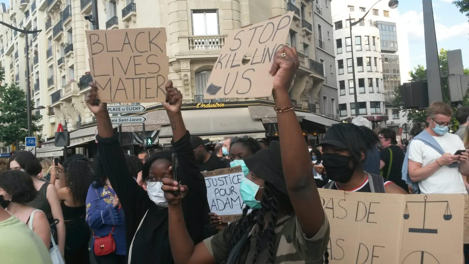 More than 20,000 protesters rallied against police brutality outside the Paris courthouse on June 2, 2020.
