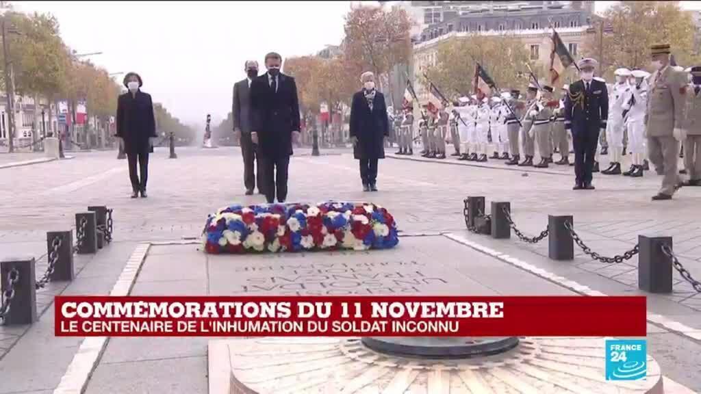 2020-11-11 11:03 Commémorations du 11-Novembre : Emmanuel Macron se recueille devant la tombe du soldat inconnu